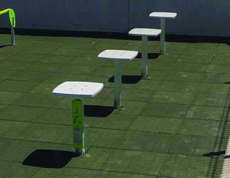 7438 Balance jump platforms